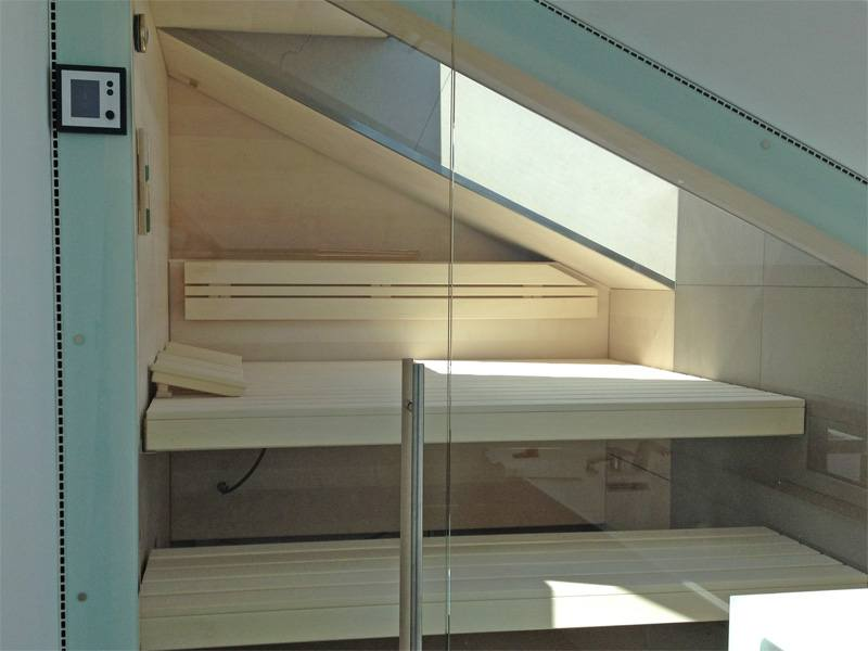 32-sauna-dachschraege-glasfront_1