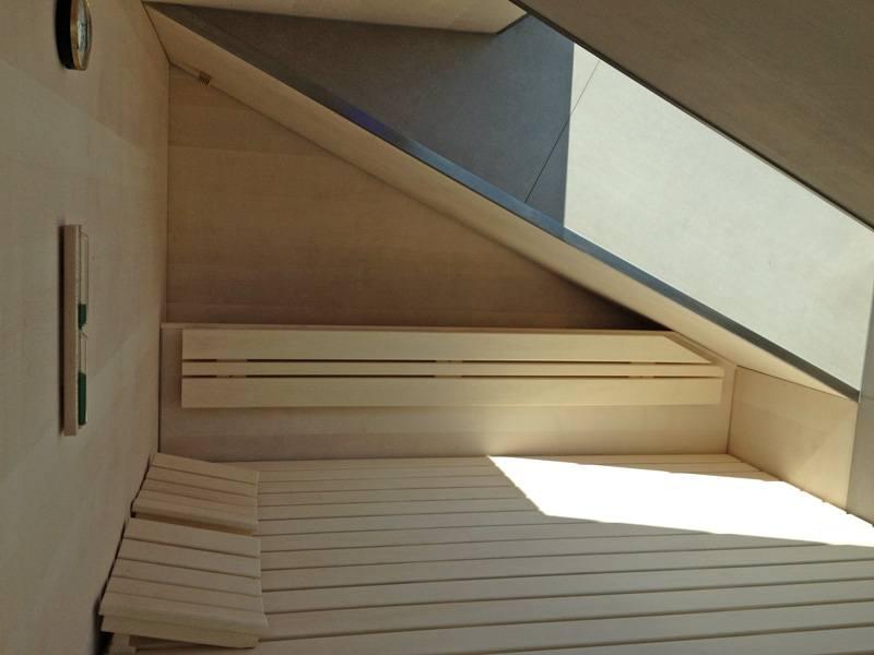32-sauna-dachschraege-glasfront_5