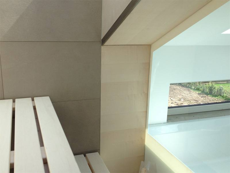 32-sauna-dachschraege-glasfront_6