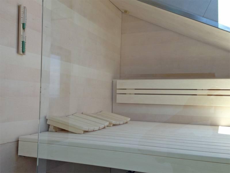 32-sauna-dachschraege-glasfront_8